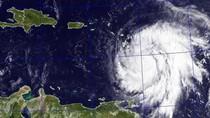 Badai Maria Hancur Leburkan Dominika dan Terus Bergerak
