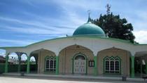 Wisata Religi ke Masjid Raya di Toba Samosir