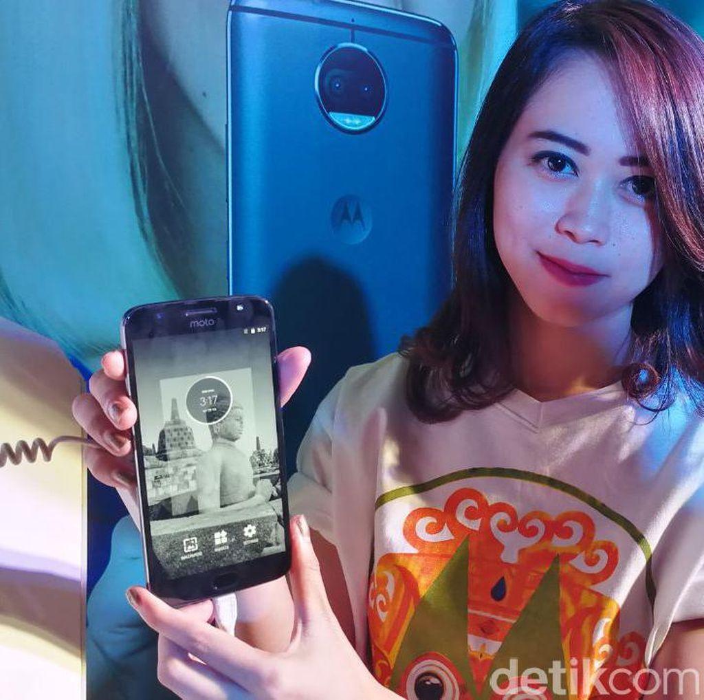 Trio Android Motorola Panaskan Jagat Ponsel Indonesia