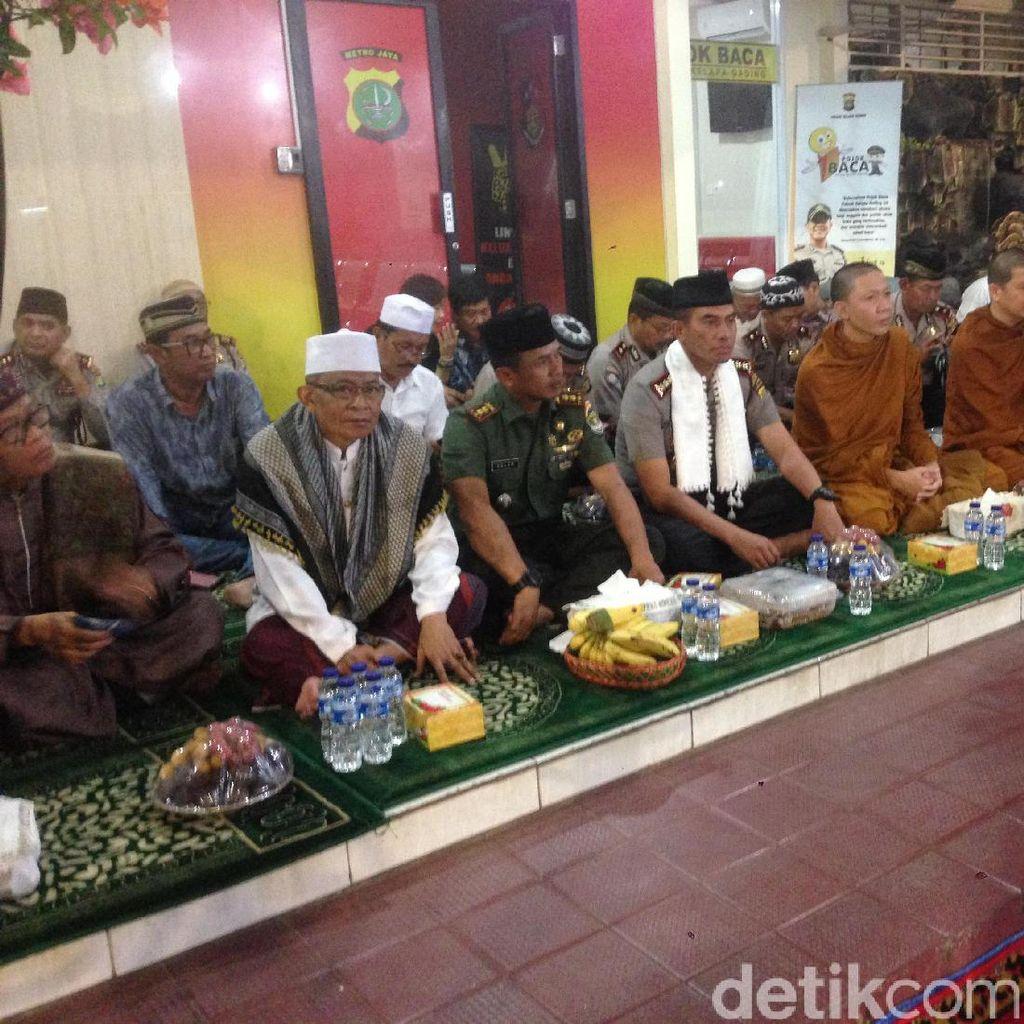Sambut 1 Muharam, Polisi dan Warga Lintas Agama Gelar Doa Bersama