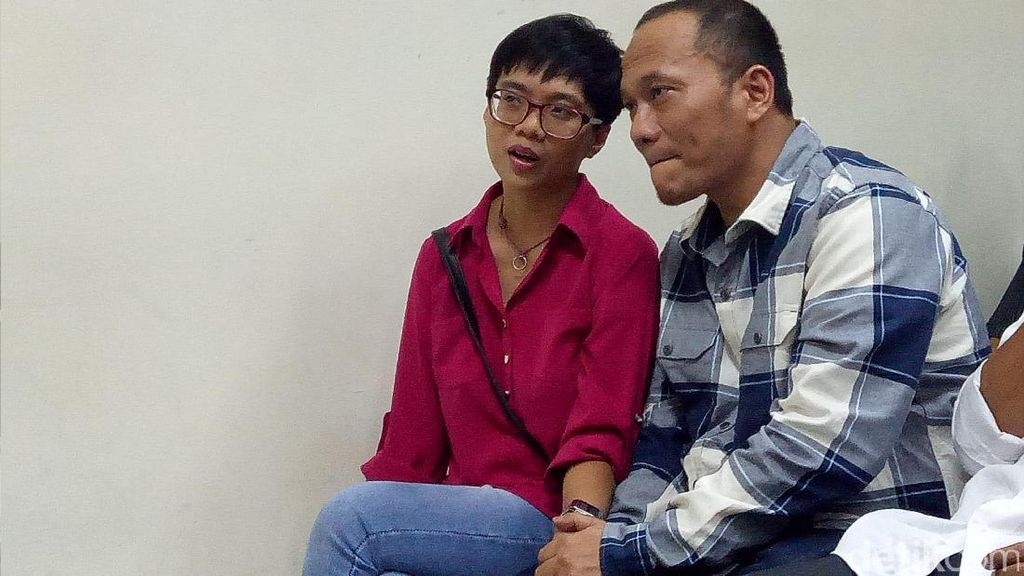 Dituntut 8 Bulan Rehabilitasi, Iwa K Memohon Keringanan Hukuman