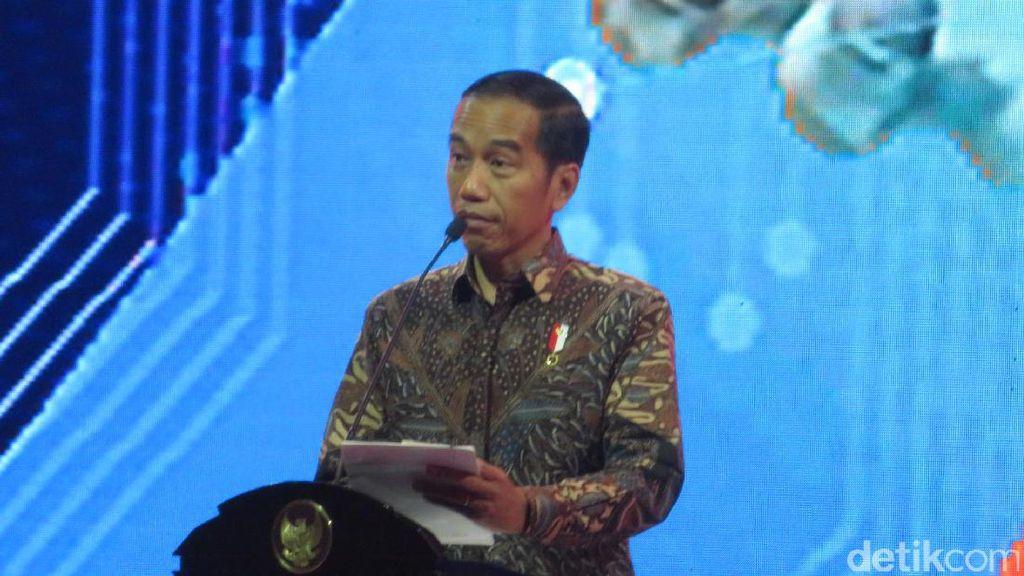Cerita Jokowi Pesan Gado-gado Hingga Nasi Padang Pakai Smartphone