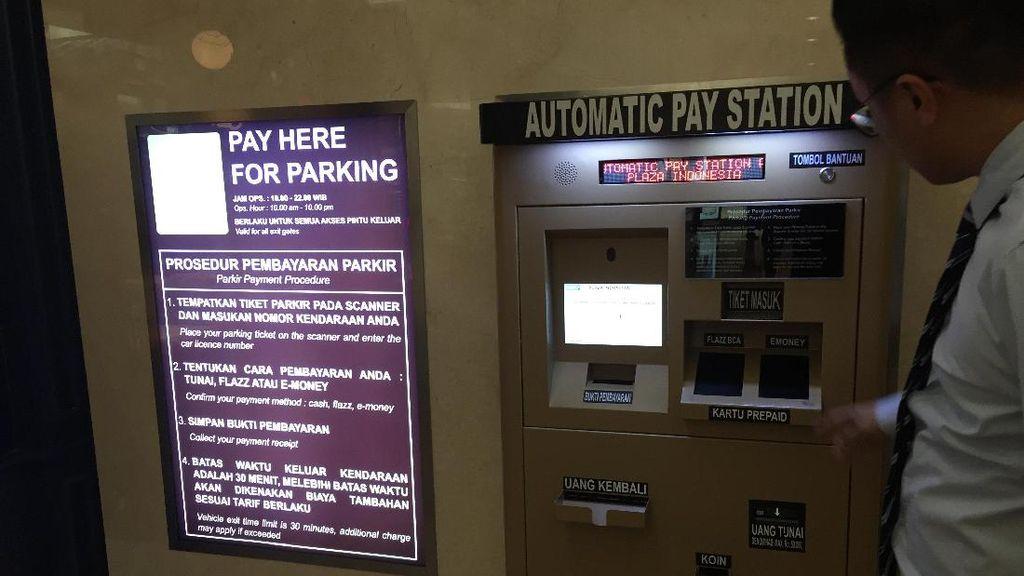 Wah Ada Mesin Bayar Parkir Otomatis di Mal