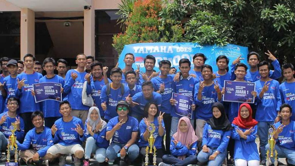 Pelajar Surabaya Suka Yamaha Goes to School Safety Riding