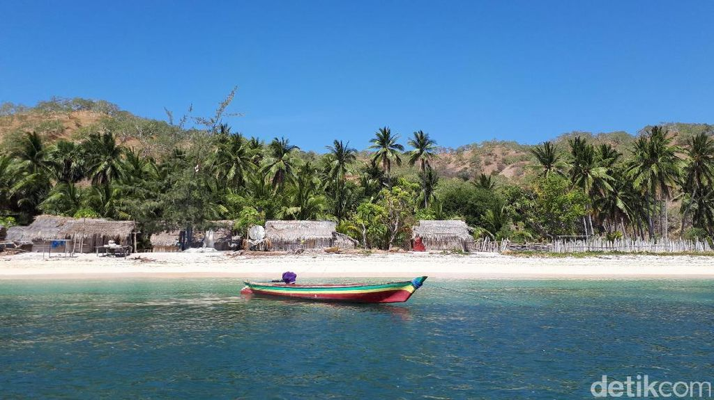 Pulau Liran, Surga Terlupakan di Perbatasan