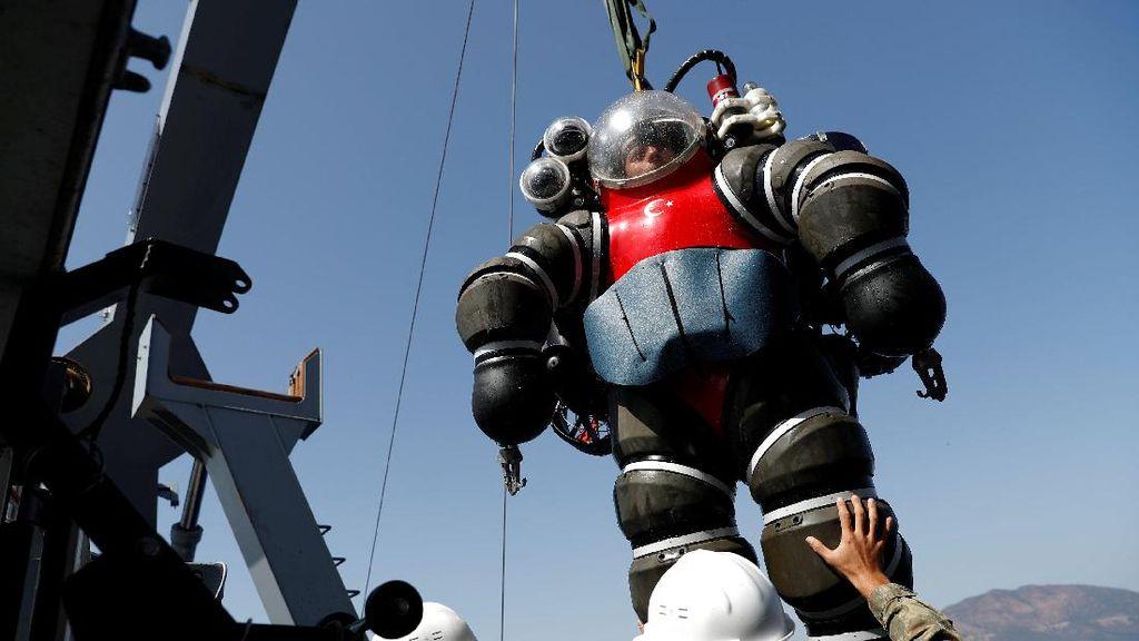 Bukan Baju Iron Man, Kostum ini Bikin Orang Bisa Masuk Laut Dalam