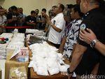Polisi Amankan 10 Juta Pil PCC, Empat Tersangka Diringkus!