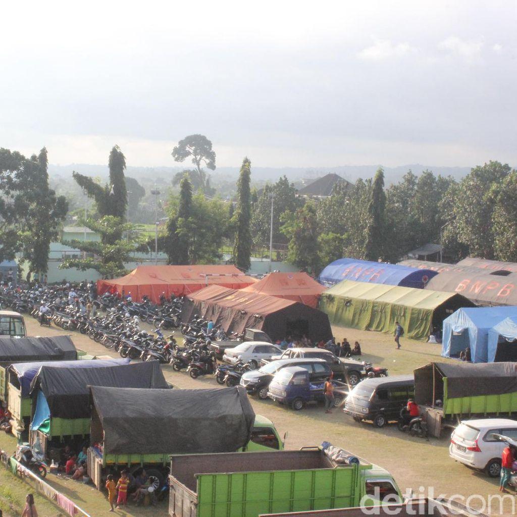 15.142 Jiwa Pengungsi Gunung Agung Bali Tersebar di 125 Titik
