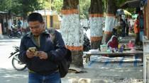 Makin Sulitnya Berjalan Kaki di Trotoar Kota Rembang
