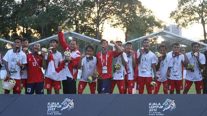 Koleksi 126 Emas, Indonesia Juara Umum ASEAN Para Games 2017