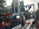 Sambut HUT Bandung, Jalan Braga Disulap Jadi Catwalk