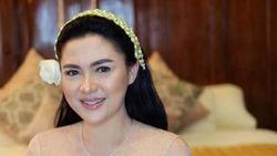 Detik-detik Pernikahan Vicky Shu dan Ade Imam