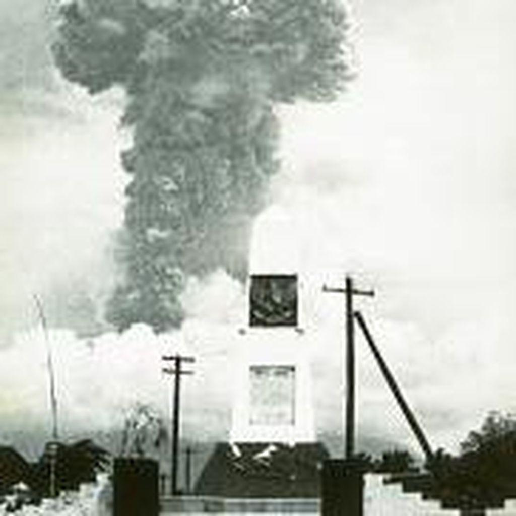Foto Letusan Gunung Agung Tahun 1963 yang Memakan Ribuan Korban