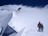 Badai salju di Pegunungan Alepn dimulai dari ketinggian 3.000 mdpl sampai ke puncak (Thinkstock)