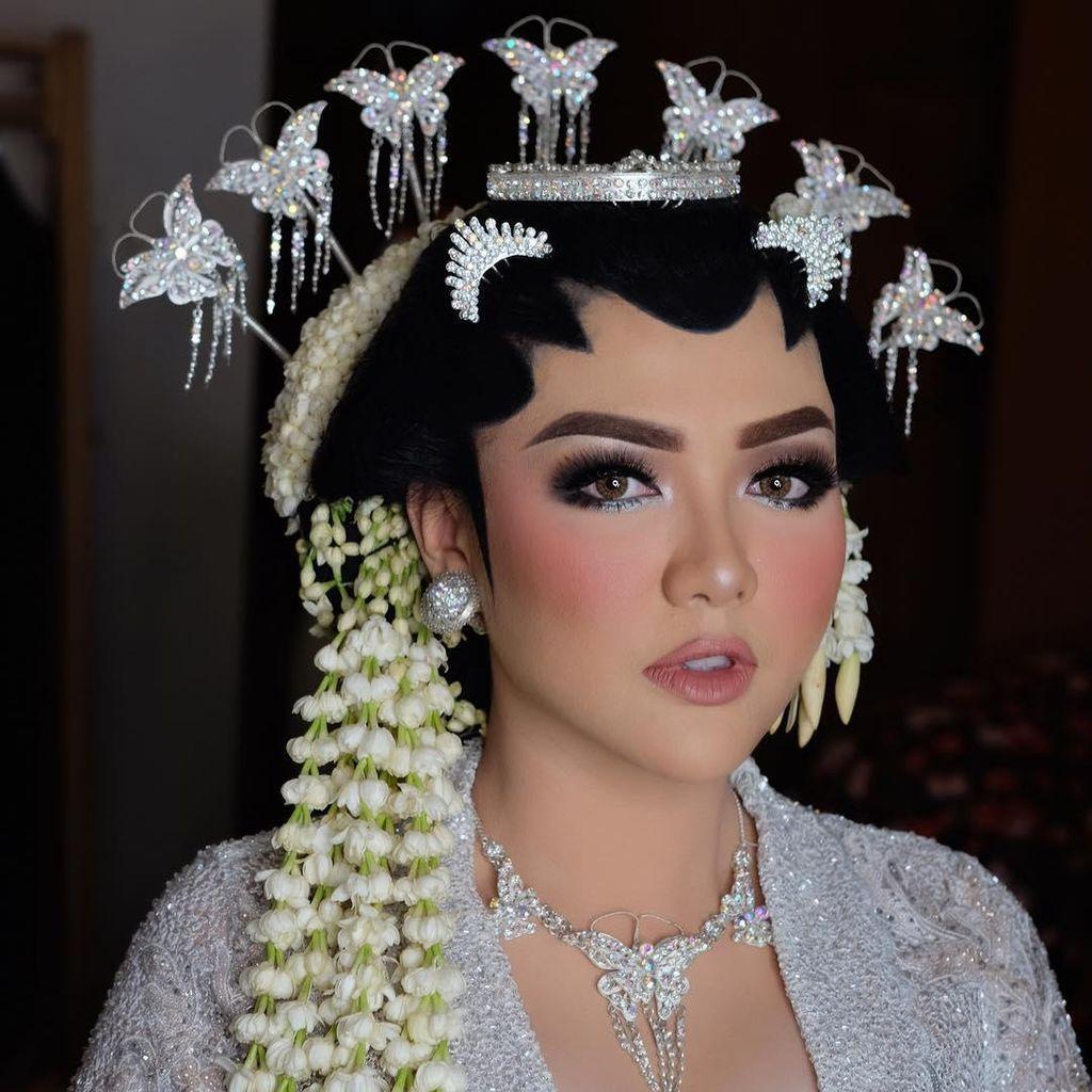 Usai Raisa dan Bella, Makeup Vicky Shu Juga Menuai Banyak Komentar