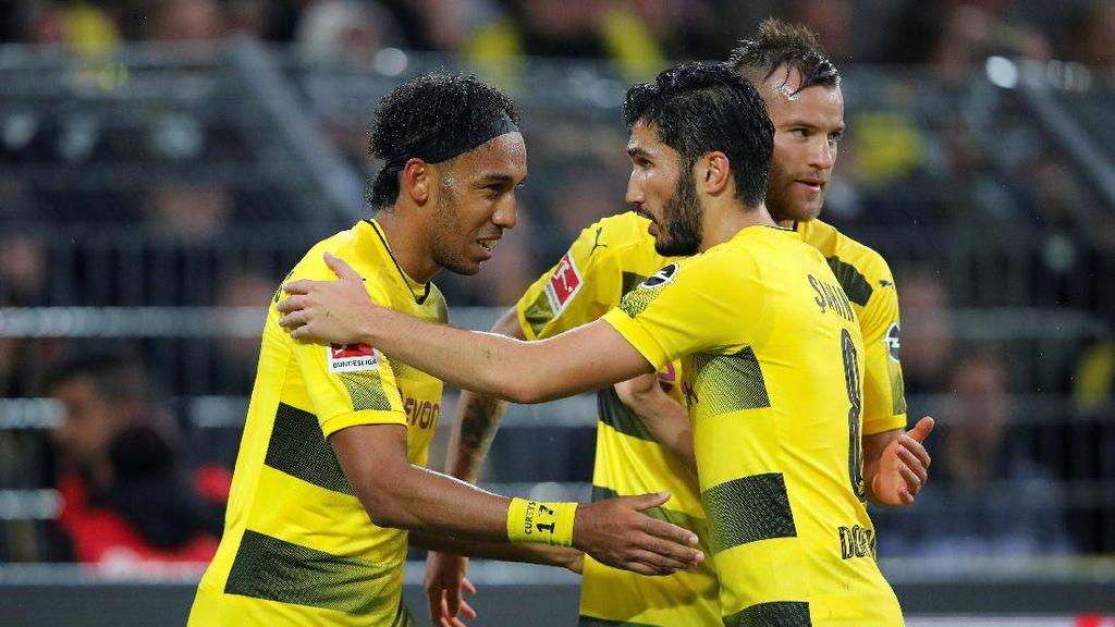 Aubameyang Hat-trick, Dortmund Gasak Gladbach 6-1