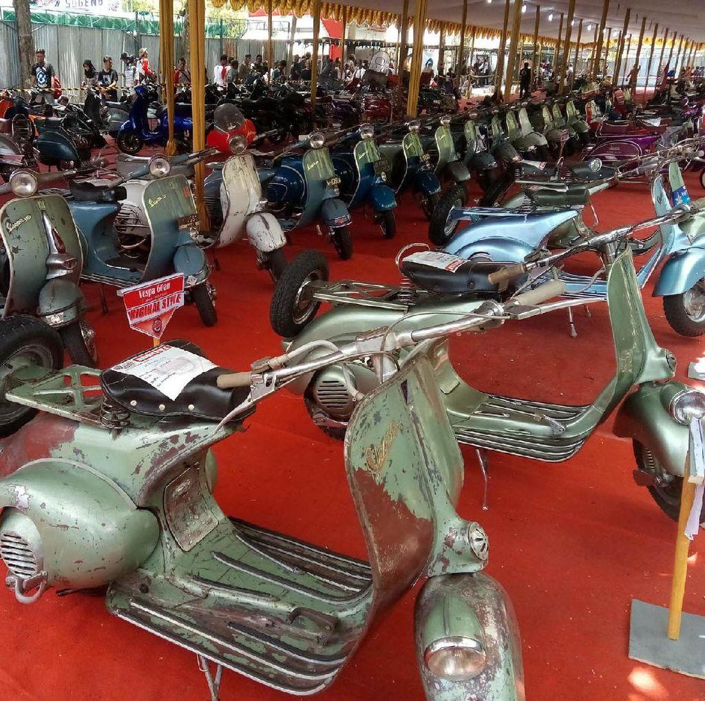 Penggemar Vespa Kumpul di Yogyakarta