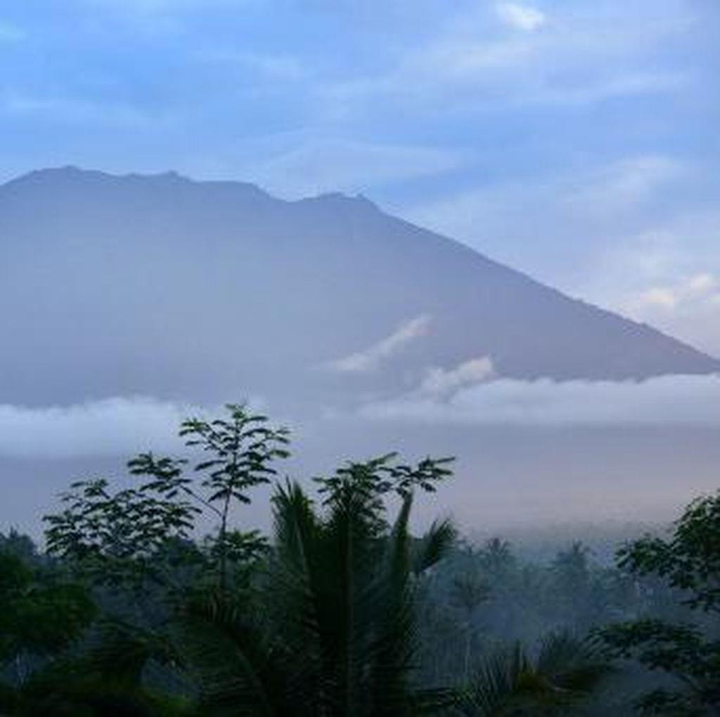 BNPB Sesalkan Banyaknya Hoax Soal Letusan Gunung Agung
