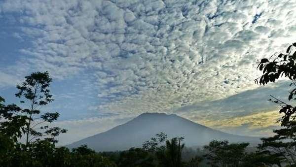 Gunung Agung Awas, Gubernur Bali Tetapkan Tanggap Darurat Provinsi