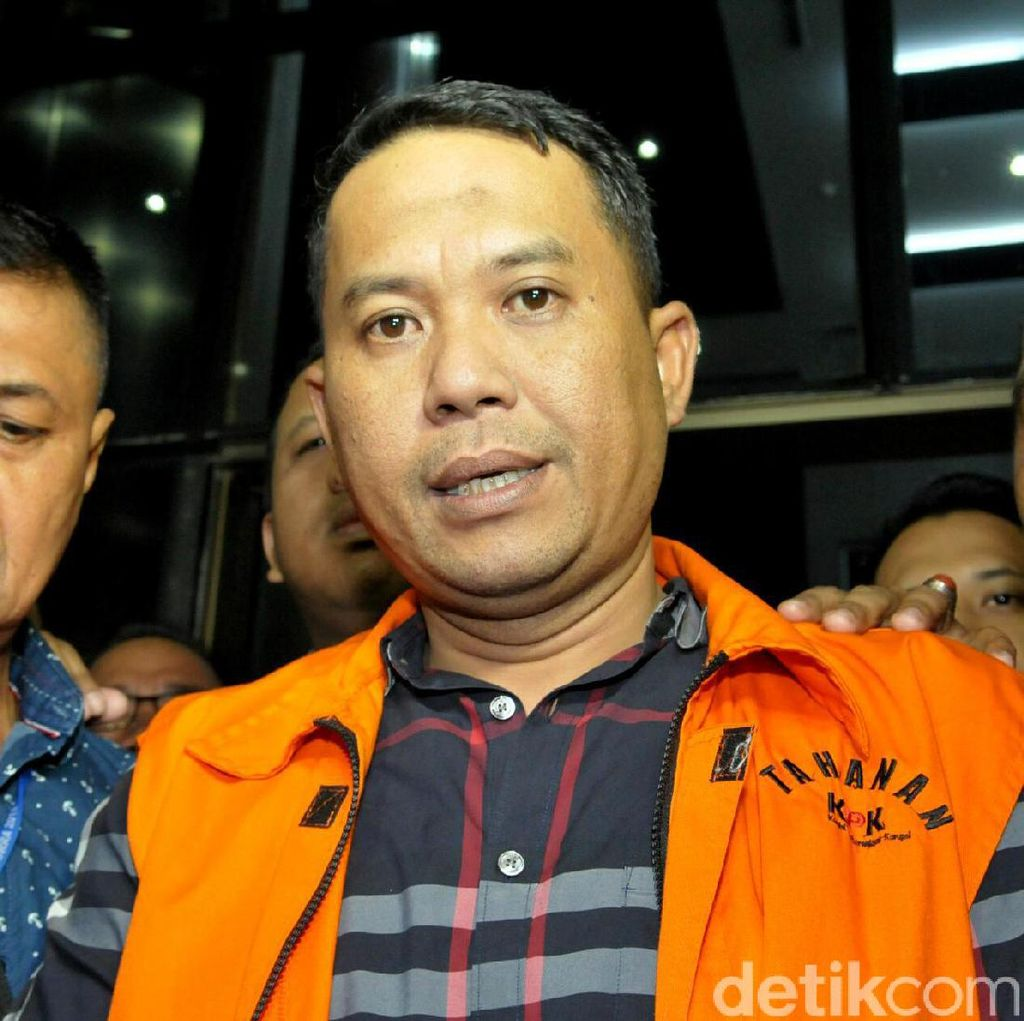 Jaket Orange untuk Walikota Cilegon