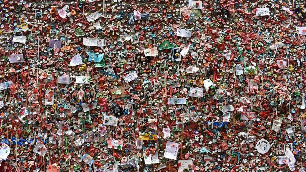 Foto: Keren atau Jijik, Tembok Isinya Permen Karet