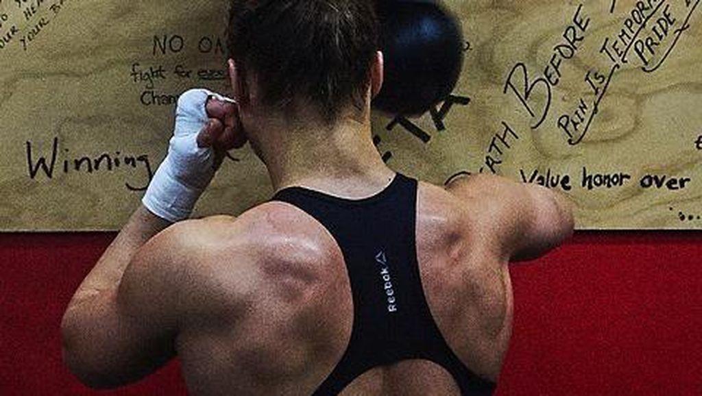 Foto: Mengintip Latihan Ronda Rousey, Si Cantik Kekar Atlet UFC