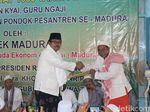 Kiai dan Guru Ngaji se-Madura Minta Jokowi Restui Khofifah