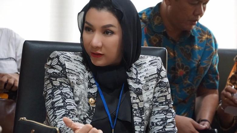 Masih KPK akan Sampaikan Kasus - Jakarta KPK masih melakukan kegiatan penggeledahan terkait dugaan gratifikasi yang diterima Bupati Kutai Kartanegara Rita Namun KPK belum