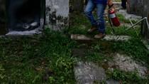 Diduga Mandor Dimutasi, Rumah Dinas KRPH Slateng Dibakar Massa