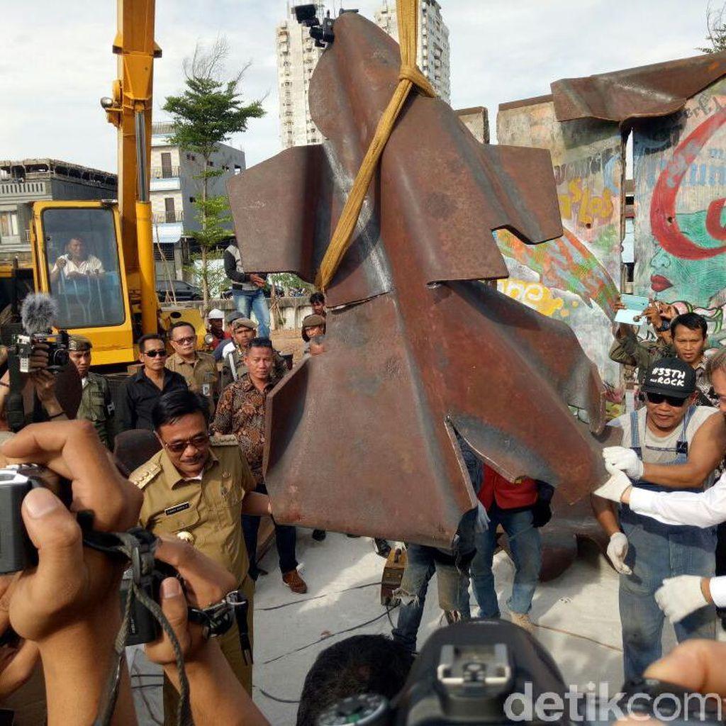 Tembok Berlin Dipasang di Kalijodo, Djarot: RPTRA akan Semakin Indah