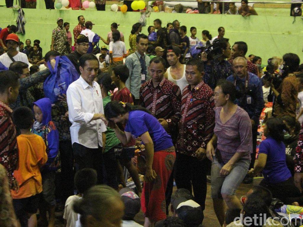 81.152 Orang Mengungsi Akibat Gunung Agung