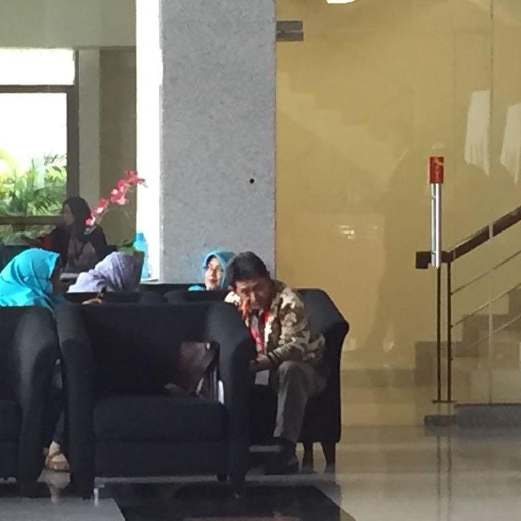 KPK Periksa Ketua PN Bengkulu Telusuri Dagang Perkara Hakim Tipikor