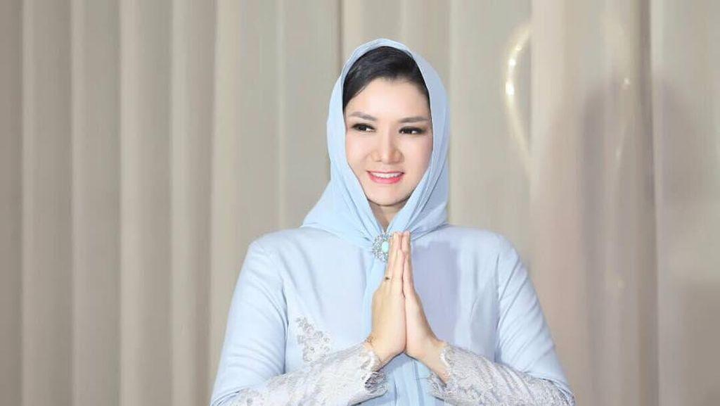 Jadi Tersangka KPK, Bupati Kukar Pernah Terima Penghargaan dari Jokowi