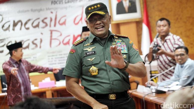 Johan Tadi Panglima Lapor soal - Jakarta Panglima TNI Jenderal Gatot Nurmantyo datang ke Istana untuk menemui Presiden Tak lama Menko Polhukam Wiranto juga