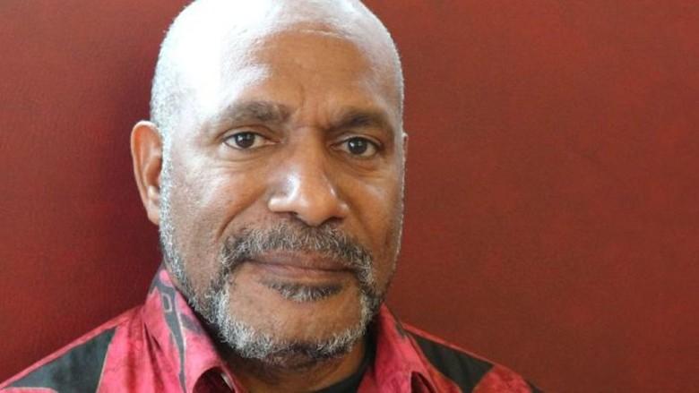 Petisi Rahasia Tuntut Referendum Papua - Manokwari Sebuah petisi rahasia yang menuntut referendum kemerdekaan baru untuk Papua Barat telah dipresentasikan ke Perserikatan Indonesia melarang