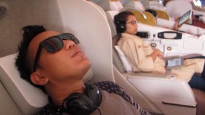 Nyamannya Terbang dengan Kelas Bisnis Emirates Jakarta-Dubai