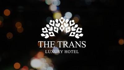 Yang Spesial di The Trans Luxury Hotel Bandung, Bantal Leher Bulu Angsa!
