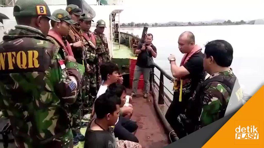 TNI AL Amankan 2 Kapal Mini Tanker