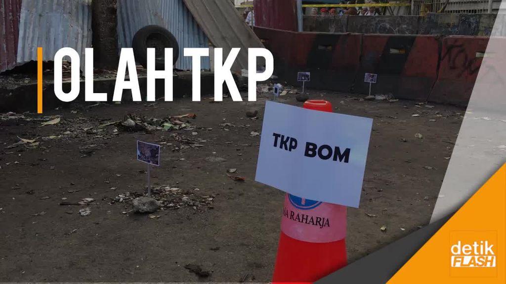 Polisi Olah TKP di Lokasi Bom Kampung Melayu