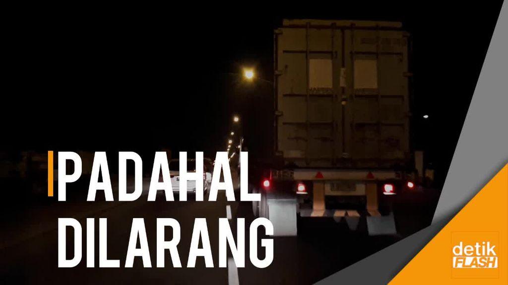 H-3 Lebaran, Banyak Truk Berseliweran di Surabaya-Mojokerto