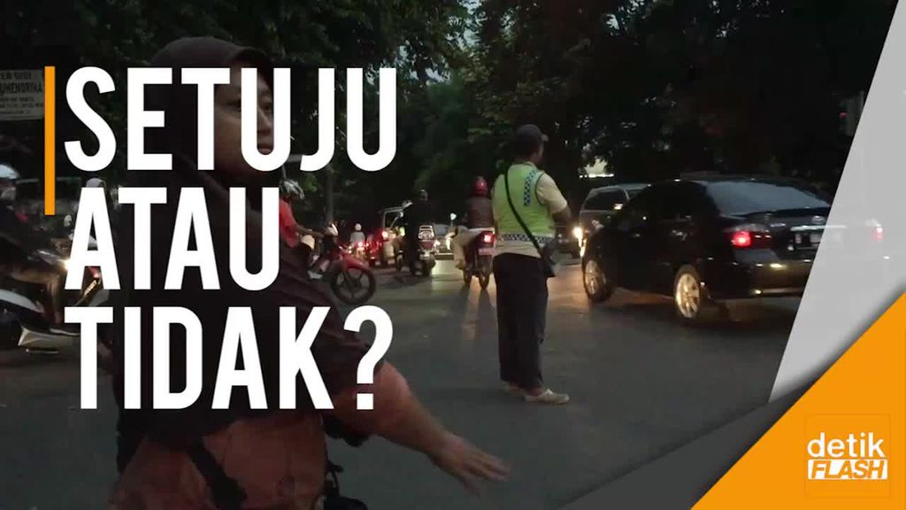 Melihat Lagi Aksi Pak Ogah yang Mau Direkrut Polisi