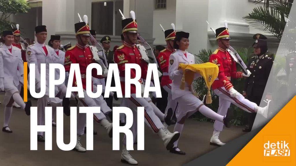 Melihat Upacara HUT ke-72 RI di Istana Merdeka