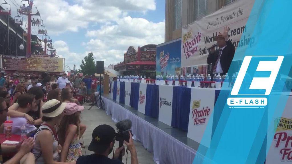 Gokil! Wanita Ini Habiskan 7,8 Liter Es Krim Hanya 6 Menit