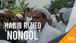 Habib Rizieq Menyapa Peserta Milad FPI Via Rekaman Suara