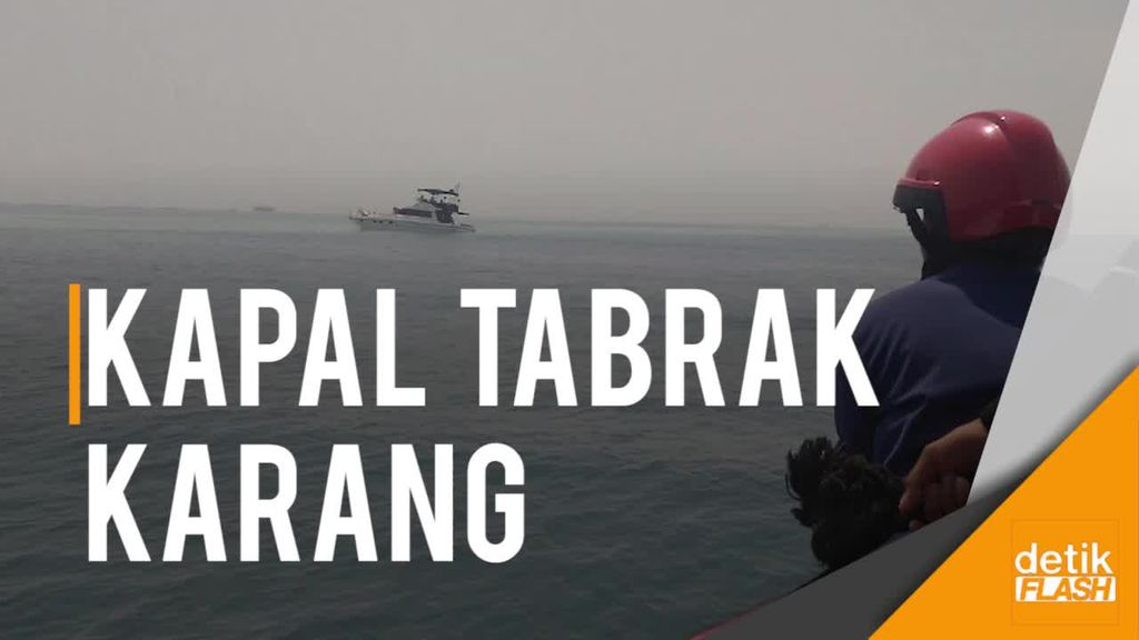 Kapal Tabrak Karang di Pulau Karya, 12 Wisatawan Terlempar ke Laut