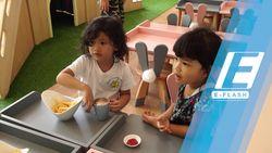 Nongkrong Sambil Bermain dengan Anak di Kafe Mamain