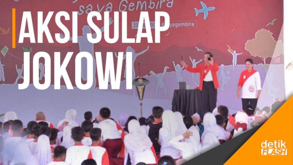 Presiden Jokowi dan Ibu Negara Main Sulap di Hadapan Anak-anak