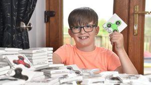 Bocah 8 Tahun Belajar Wirausaha dengan Fidget Spinner