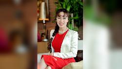 Nguyen Thi Phuong Thao, Tajir Berkat Pramugari Berbikini