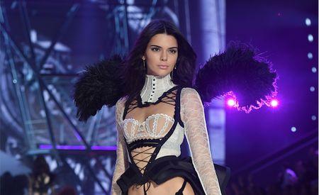 Ini Aplikasi untuk Perut Rata Andalan Kendall Jenner